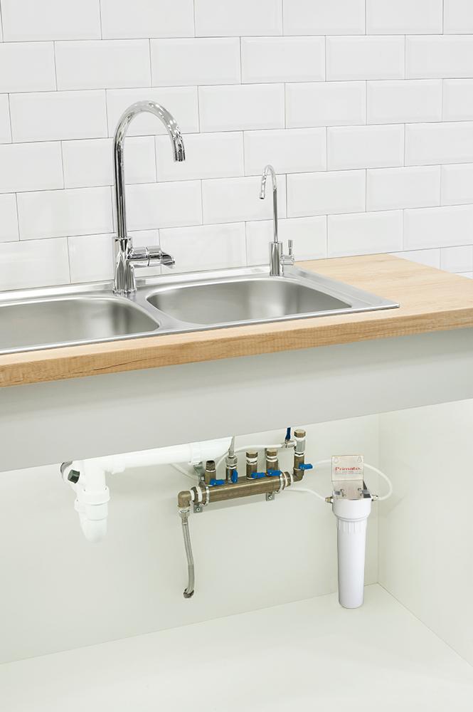 Αμερικάνικο φίλτρο νερού κάτω πάγκου με ανταλλακτικό CeraMetix® με κεραμικό, Nanosilver, AquaMetix® και Ζεόλιθο Primato HIP