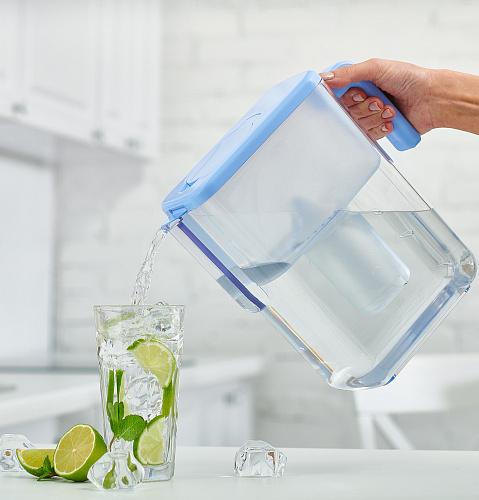 καθαρό νερό για ροφήματα