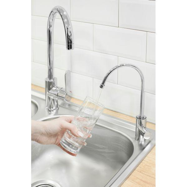 Η βρύση DELUXE 101 δίνει μόνο φιλτραρισμένο νερό